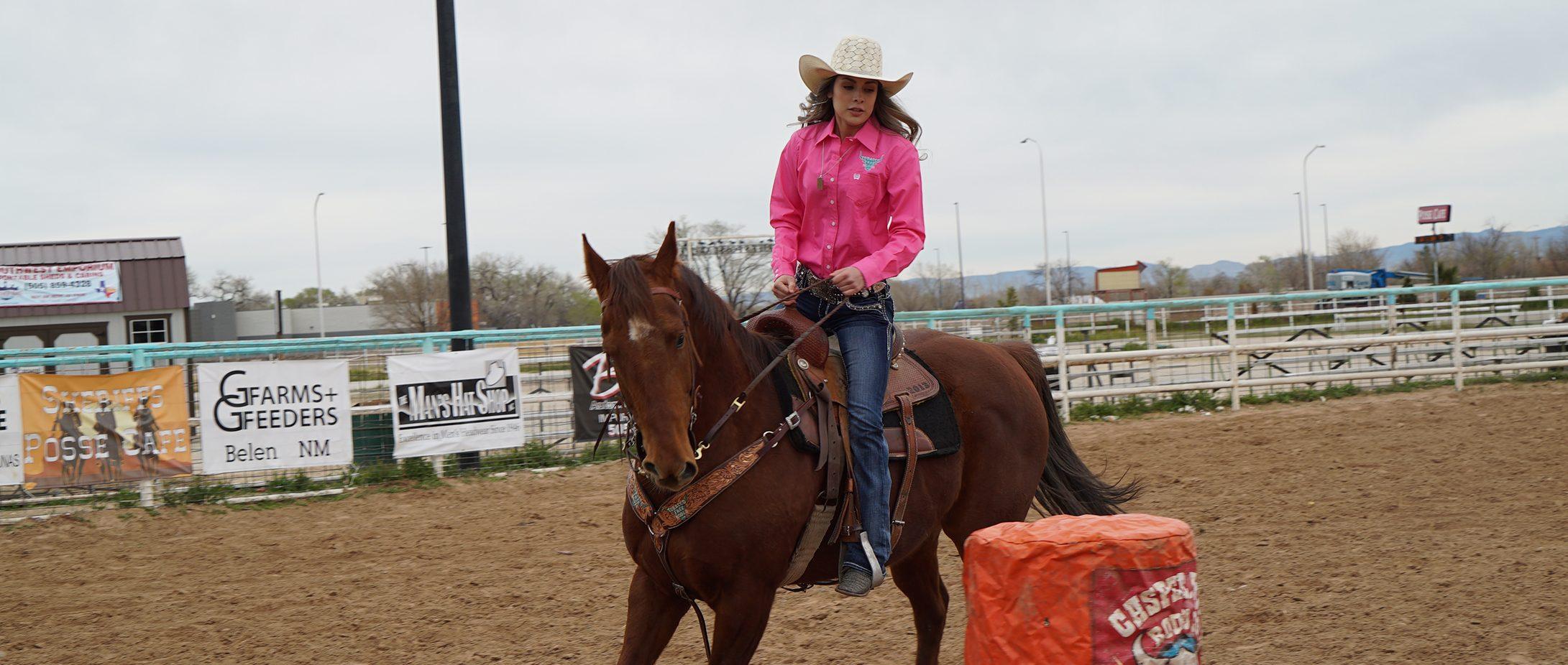 Malyka on horse
